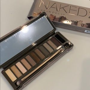 Other - Urban Decay Naked 2 NEW